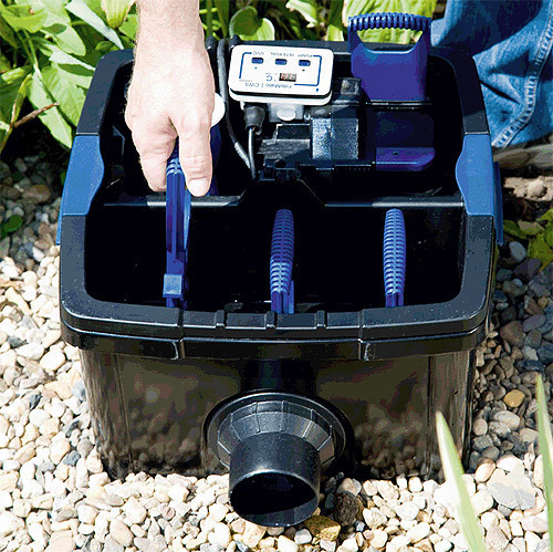 Pond filter oase filtomatic cws with self cleaning for Self cleaning pond