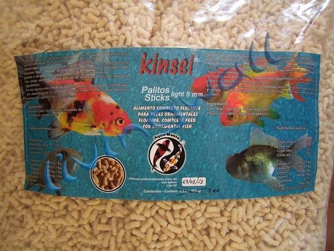 Comida kois estanque kinsei sticks alimento flotante for Estanques de peces ornamentales